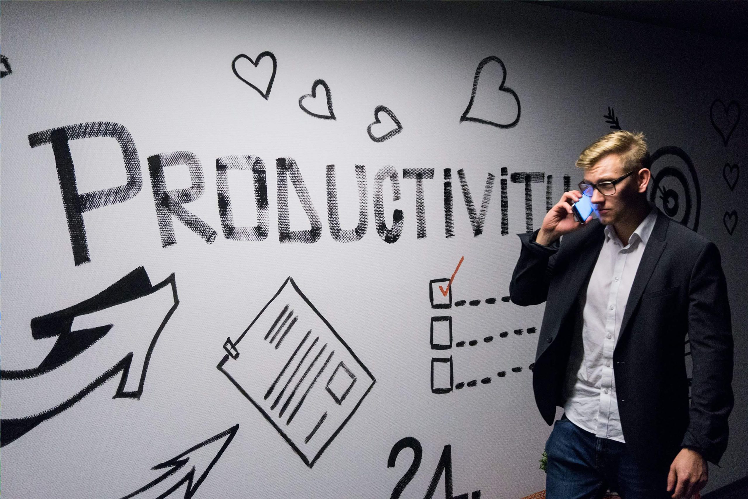 improve call center productivity with conversation intelligence